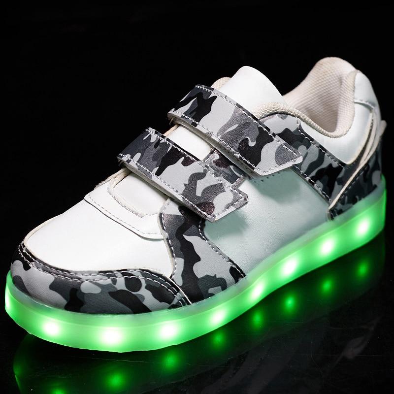 Nueva moda sólido brillante USB Led Light Up zapatos transpirable Hook & Loop niños carga luminosa zapatillas para niña y muchacho 25-37