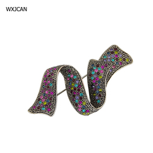 WXJCAN bowknot brooch pin for scarf Luxury unique fluttering bowknot vintage brooches Metal inlay colorful rhinestone B5172