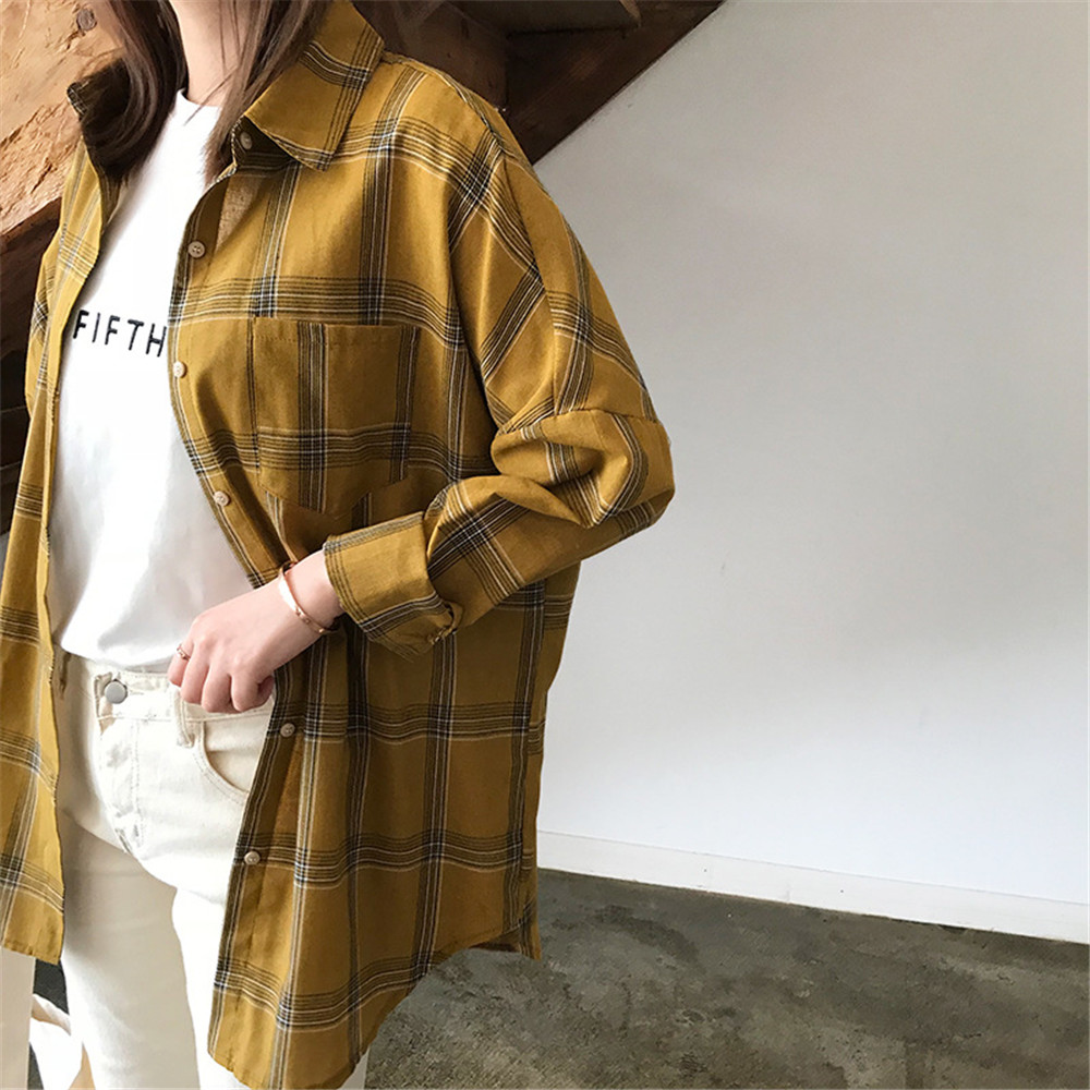 Big Loose women plaid blouses shirts 2018 Women Office Air Conditioner Blouse Shirt Female Outerwear Casual Pocket Shirts (23)
