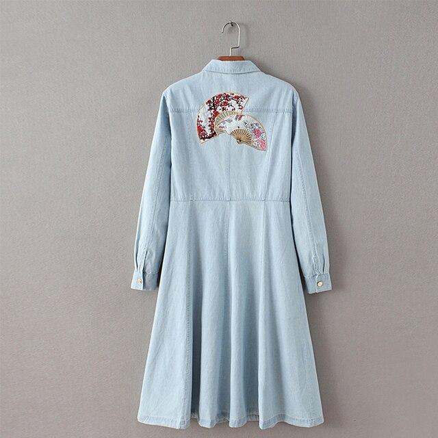 Мода Осень Женщины Вышивка Джинсовой Тренчи Нагрудные С Длинным Рукавом Однобортный Длинные Верхняя Одежда Плюс Размер FHWM63