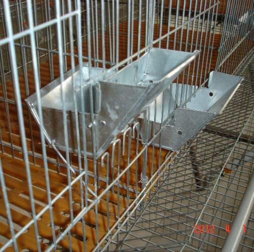 Metal Rabbit Cage Feeder Hanging