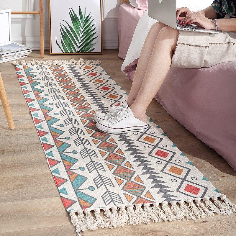 Cotton Bedside Carpet Woven Mat Bedroom Living Room Carpets Geometric Indian Rug Bohemian Modern Printing Mat Bathroom Rug