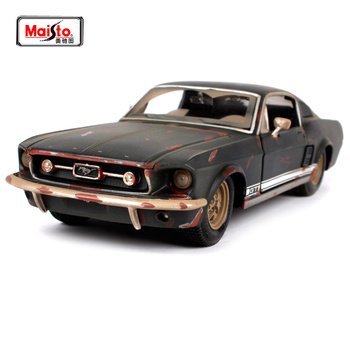 цена на Maisto 1:24 1967 FORD Mustang GT Do old vintage Diecast Model Car Toy New In Box Free Shipping NEW ARRIVAL 32142