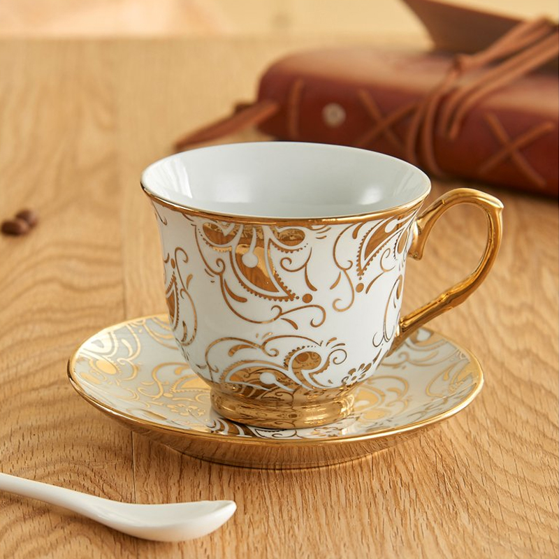 Europe style Bone China Coffee Cup Saucer Spoon Set 220ml Luxury bone china mug set Tea kitchen home  Party Drinkware