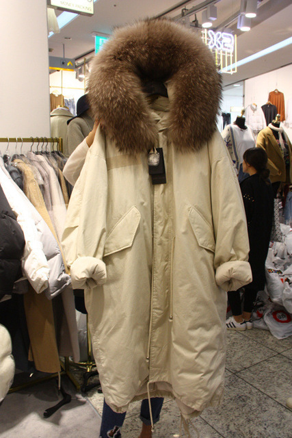 2017 New Winter Loose Down Jackets Women Long Thicken Large Raccoon Fur Down Coats Female Casual Down Parkas Outerwears