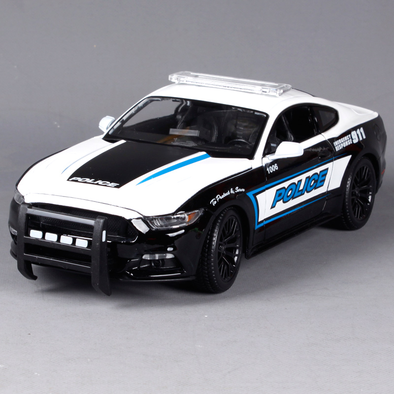Maisto 1:18 2015 Ford Mustang GT Police car Sports Car Diecast Model Car Toy New In Box Free Shipping 36203 maisto 1 18 scale ford 1939 deluxe police car models black diecast model children gifts collections toys for boys
