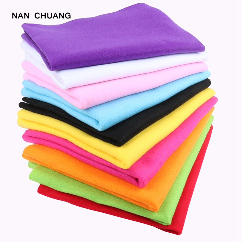 Nanchuang 1.5mm Thickness Non Woven Polyester Soft Felt For DIY Home Decoration Handmade Nonwoven Material For Children 45x90cm