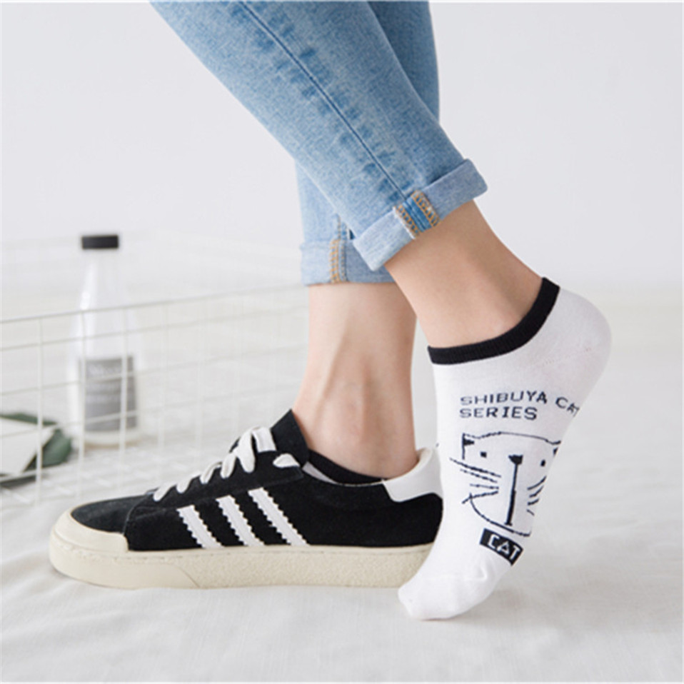 2020 New HOT Women Socks Amozae Brand Sock Fashion Unisex Christmas Socks Cat Meias Female Funny Low Ankle Femme Sock Sale 35-40