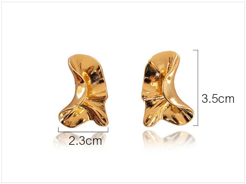 Gold Earrings  (1)