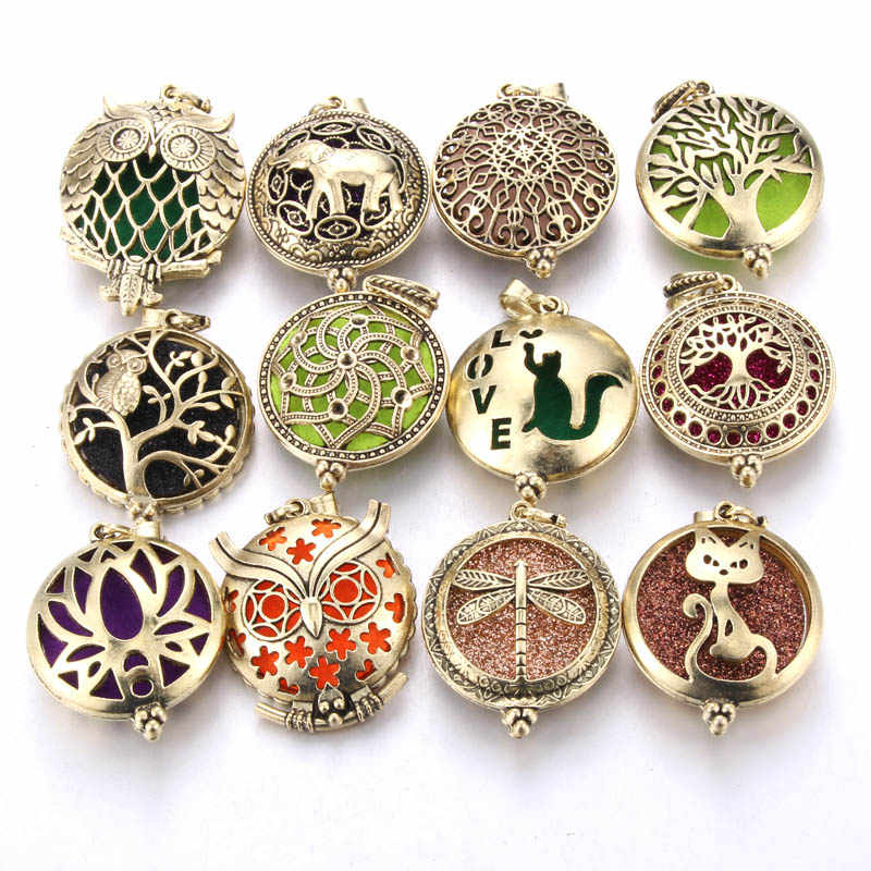 New Aroma Diffuser Necklace Open Antique Vintage Lockets Pendant Perfume Essential Oil Aromatherapy Locket Necklace with Pads