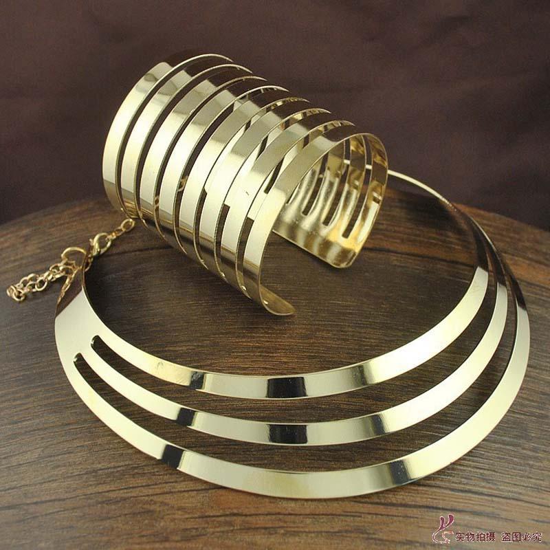 2016 New Trendy Gold Torques...