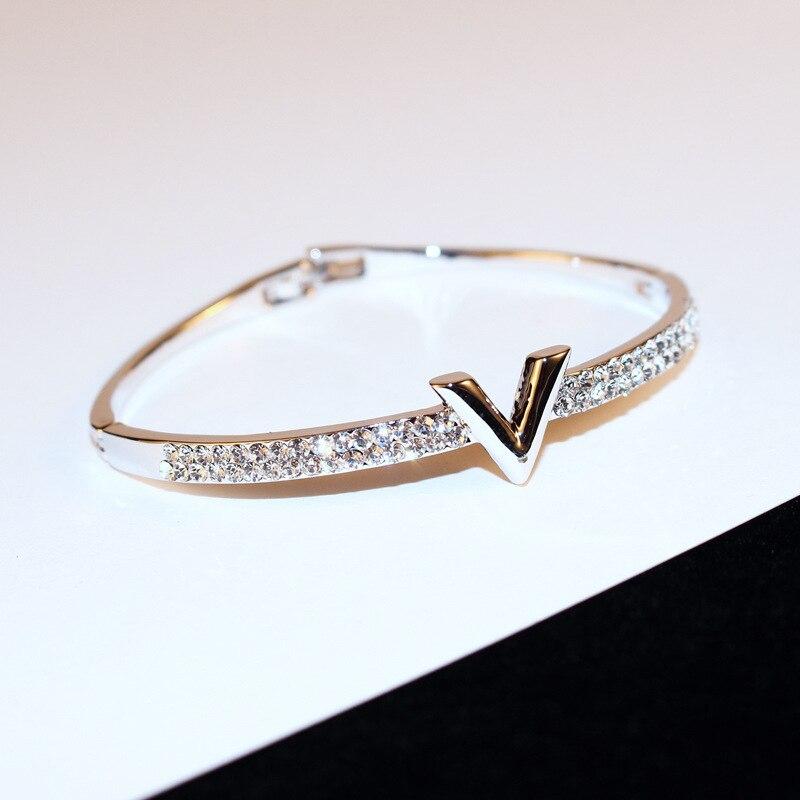 V Letter Bracelet 1