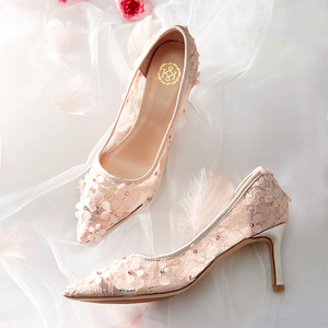 Image 3 - Çiçekler düğün ayakkabı yeni tasarım marka pompaları yaz peri zarif kadın gelin dantel Hollow prenses elbise kadın parti yüksek topuklu