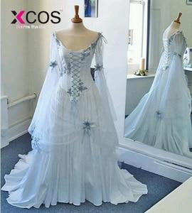 Image 2 - בציר סלטיק חתונה שמלות לבן וחיוור כחול צבעוני מימי הביניים כלה שמלות סקופ מחוך ארוך אבוקה שרוול פרחים
