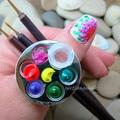 1pc Mini Manicure Palette Nail Art Finger Ring Palette Makeup Mixing Acrylic Paint Palettes Nail Tools (without white bottle)