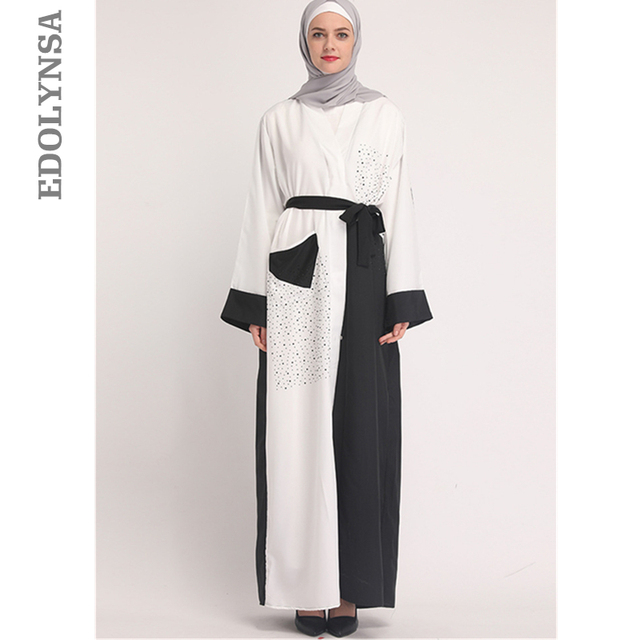 2019 Noir Blanc Patchwork vêtements islamiques Modeste Caftan Marocain  Dubaï Abaya Élégant Tunique Robe Musulmane vêtements pour femmes D758 4844a17fc8e
