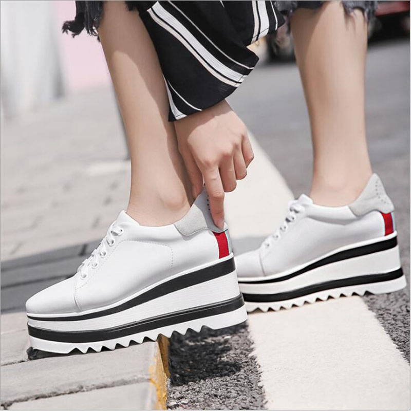 Fast delivery Women casual shoes fashion breathable Walking mesh lace up flat shoes sneakers women  tenis feminino Fast delivery Women casual shoes fashion breathable Walking mesh lace up flat shoes sneakers women  tenis feminino