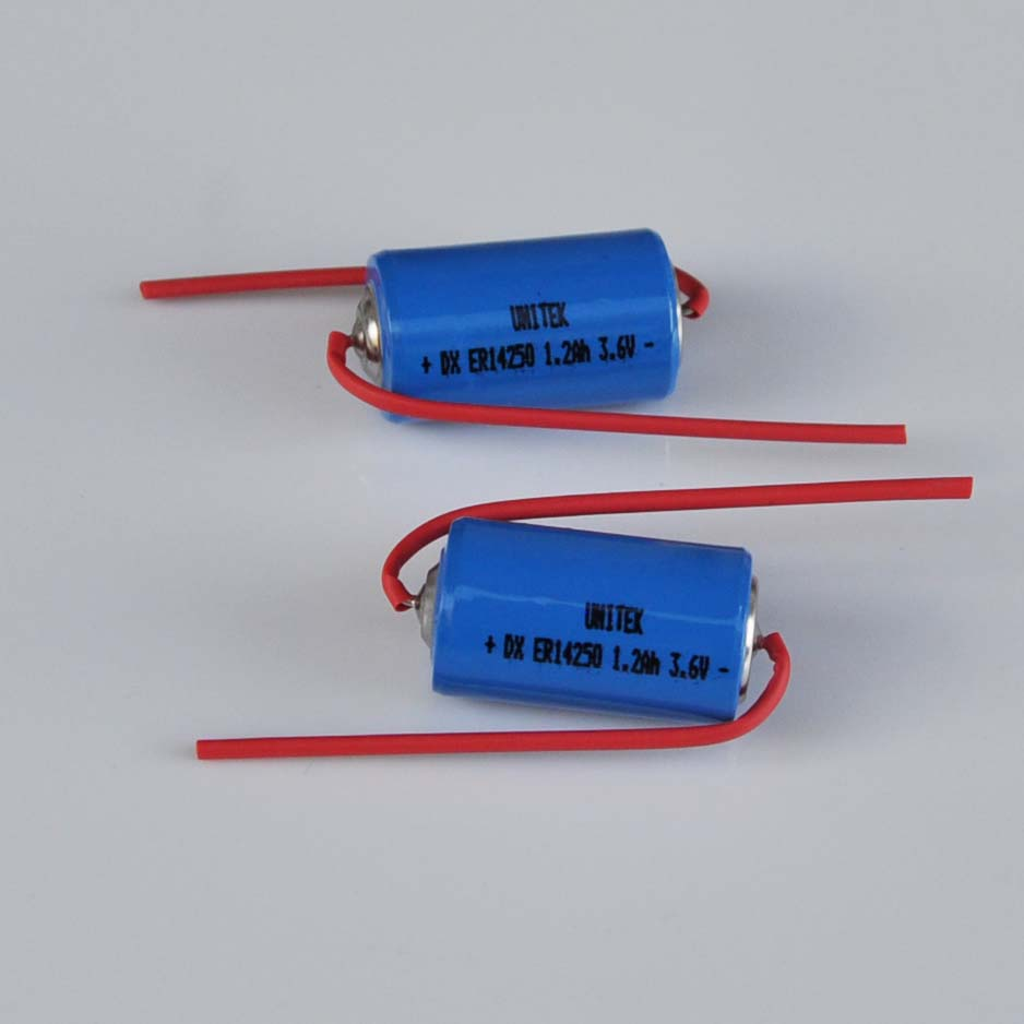 16PCS ER14250 <font><b>1/2AA</b></font> 3.6V liSOCL2 lithium <font><b>battery</b></font> primary ER 14250 1/2 AA cell 1200mah welding pin needle for gas water meter image