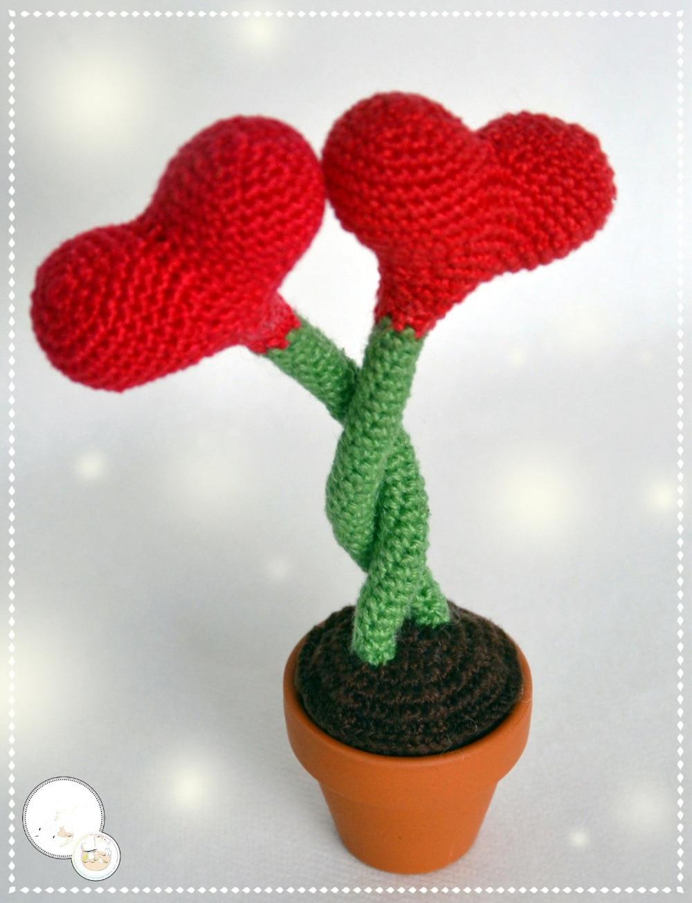 Crochet Toys  Amigurumi  Doll Heart Flower  Model    Number XN041042