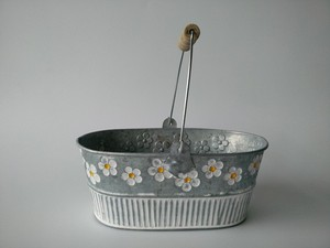 Image 1 - Metal Planter Iron Flower pot Oval Sharp tin box Iron pots Hanging Planter vintage Style 4pcs/Lot Free Shipping