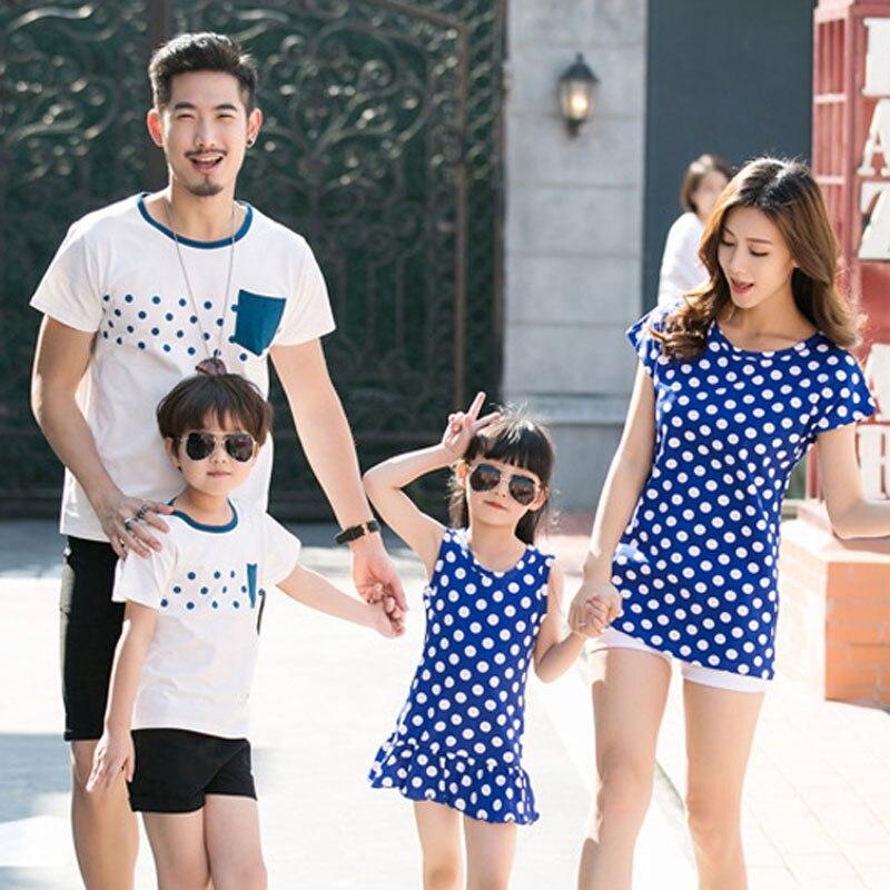 100% Wahr Familie Kleidung Mutter Tochter Kleid 2019 Sommer Familie Aussehen Vater Sohn T-shirt Baumwolle Polka Dot Familie Passenden Outfits
