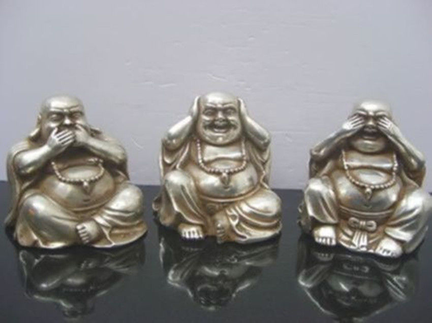 Elaborate Collectables Chinese tibetan silver carved three buddha figurinesElaborate Collectables Chinese tibetan silver carved three buddha figurines