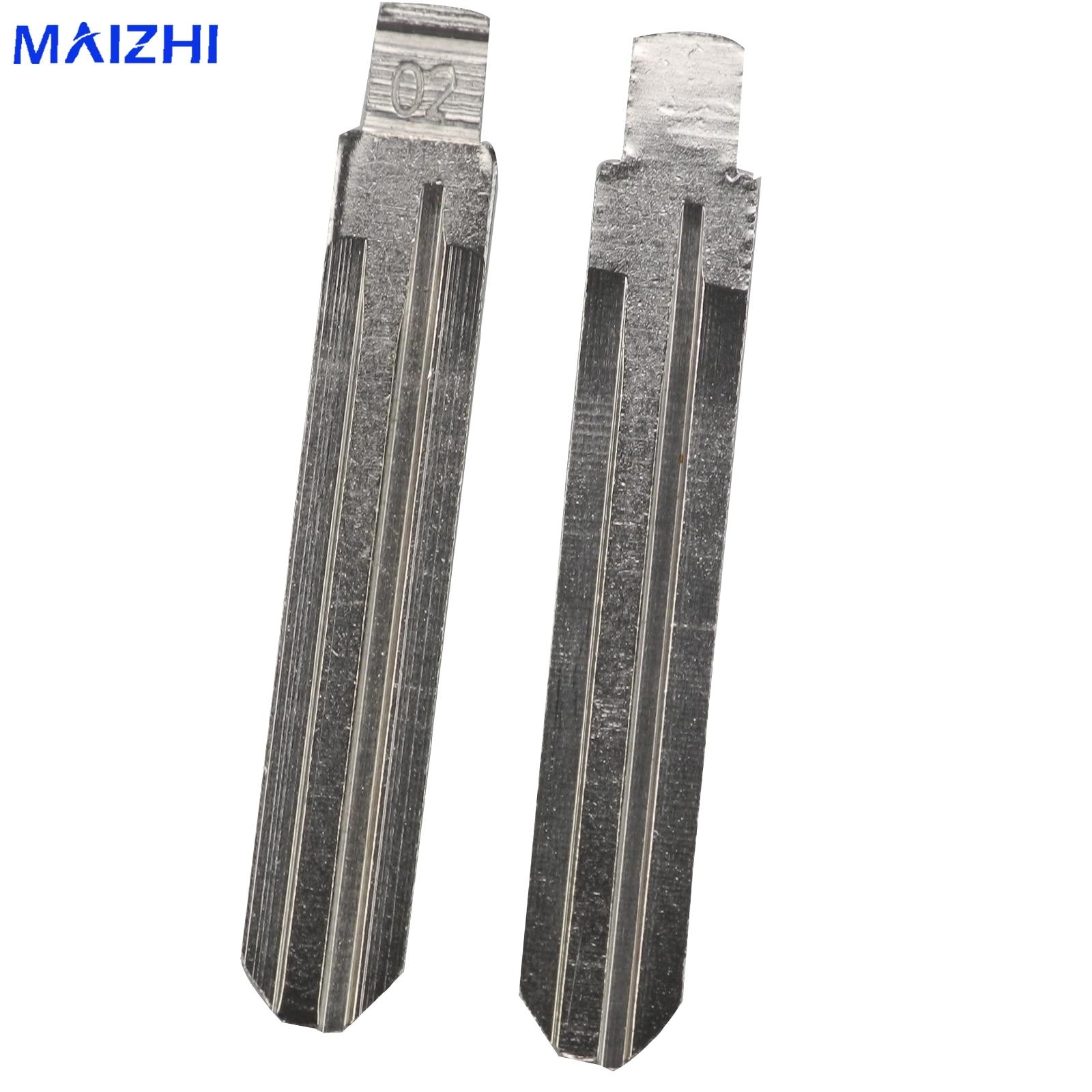 maizhi 10pcs Car Flid Folding NO.02 Key Blank For Toyota Crown Camry Corolla Highlander Corolla Vios Fukuda Auman Styling