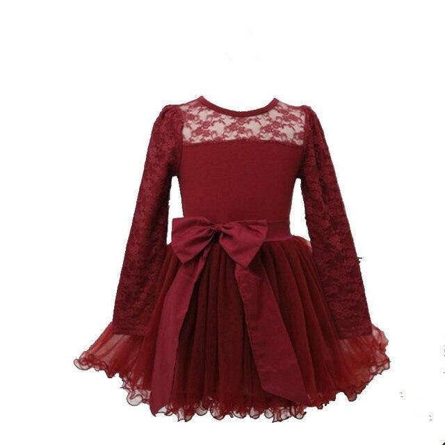 Rode jurk met zwart kant