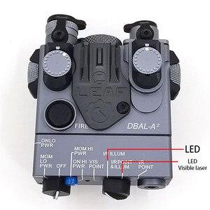Image 2 - An/PEQ 15A DBAL A2 led 백색 무기 빛 + 원격 스위치를 가진 빨간 레이저 렌즈 전술 사냥 소총 airsoft 건전지 상자