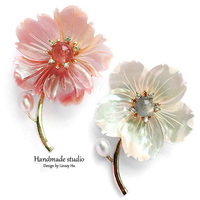 La MaxZa Flower Brooches Jewelry Romantic Freshwater Pearls Brooches Women Fashion Trendy Brooches Accessories Handmade XZ2002