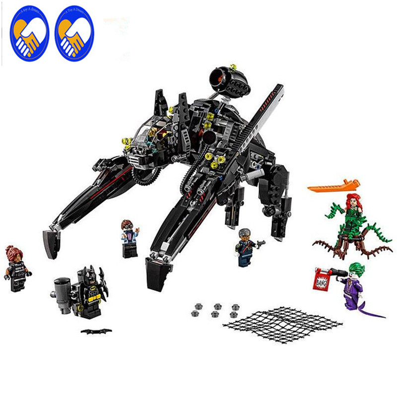 A Toy A Dream lepin 07056 775Pcs Genuine Batman Movie Series The Scuttler Bat Spaceship Set Building Blocks Bricks Toys 70908 l a movie