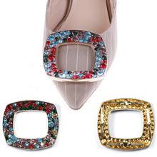 1 sztuk kobiety ozdoby do butów klipy klamra do butów moda kolorowe ozdoby kryształowe klipsy wisiorki akcesoria do butów tanie tanio Velishy Rhinestone Shoes Buckle Metal