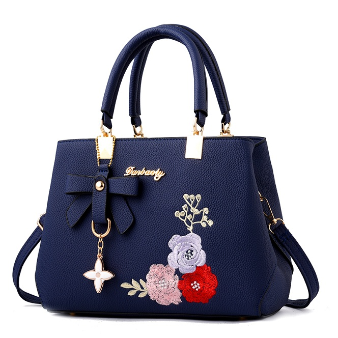 Detail Feedback Questions about Famous luxury brand Design quality marque.2018  miu Femme Messenger clutch cross body Bag.Lady SATE LOUIS tote.sac a main  ... 5276baaface2