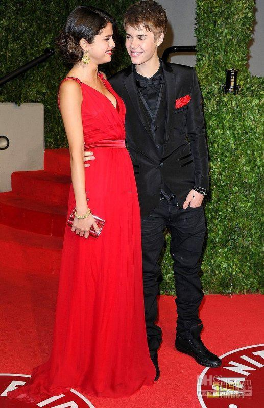 Justin Bieber and Selena Gomez Oscar party of Vanity Fair red Long Prom  Dresses bestoffers GL-in Evening Dresses from Weddings   Events on  Aliexpress.com ... 5586f443282d