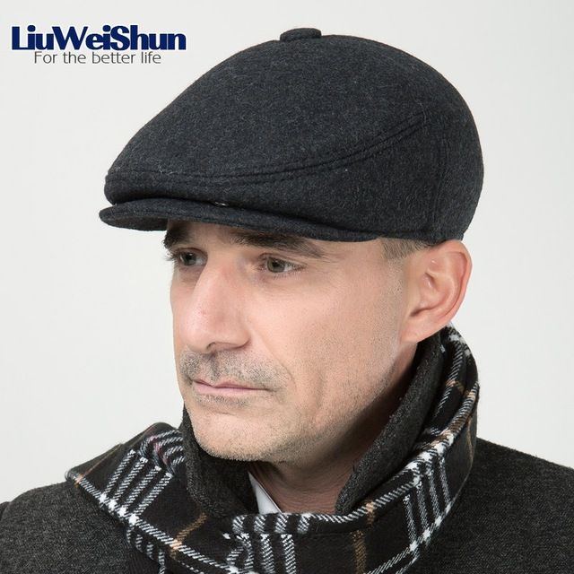 LiuWeiShun 2017 Men Winter Wool Beret Hat Flat Thicken Cap For Old Men  Retro Earflap Hats Solid Full closed chapeau Hats Bonnet 78f5d2e0fb2