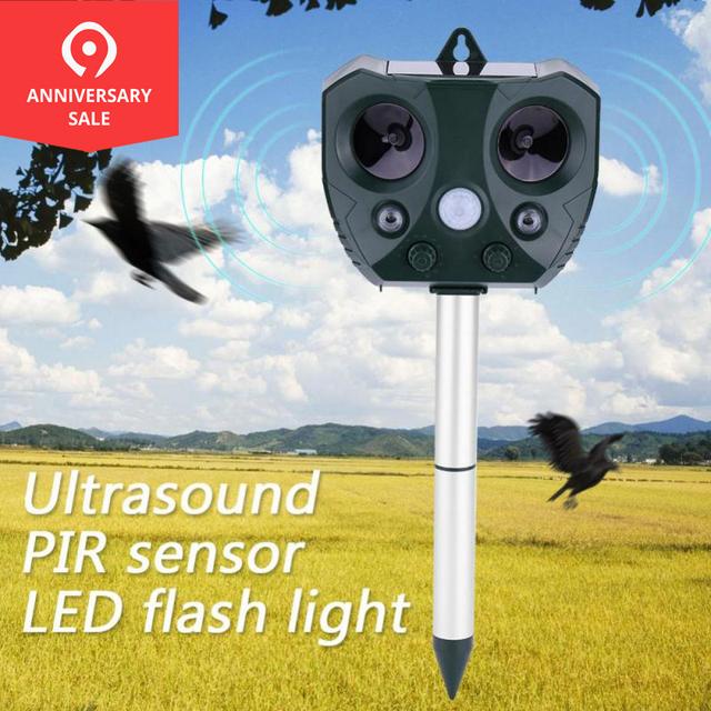 Outdoor Ultrasonic Solar Pest Repeller Animal Pest Mouse Repeller PIR Sensor Garden Bird Cat Dog Fox Repellent Keep Animals Away