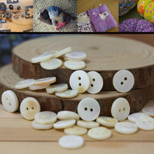 FREE SHIPPING Natural shell buttons, DIY manual material (about 1 cm)