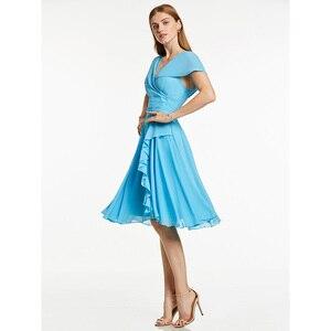 Image 3 - Robe de cocktail bleu glace, tenue courte à volants, col en v, sans manches, longueur genou, tenue courte, pour dames, accueil
