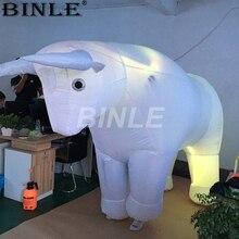 2,5 м белый гигант забавные фестиваль украшения надувной костюм быка с светодиодный свет коррида одежда для испанский парад