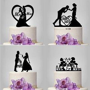 Image 4 - Nova Mr Mrs Decoração Do Bolo de Casamento Topper Acrílico Preto Romântico Acessórios Para O Casamento Favores Do Partido Do Bolo Do Noivo Da Noiva Boda