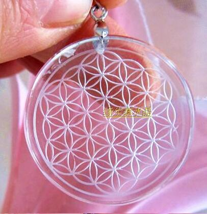 Fri frakt 35mm Clear Natural Quartz Crystal Flower of Life Pendant Carved Healing gratis frakt