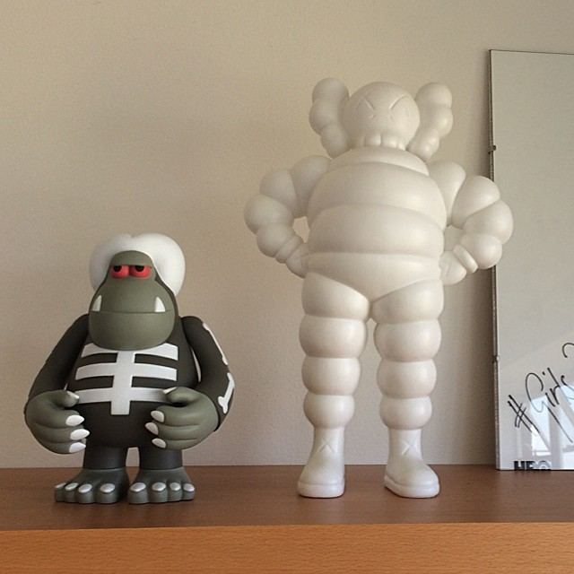 48b94fbe ORIGINAL FAKE COMPANION KAWS chum-in Action & Toy Figures from Toys &  Hobbies on Aliexpress.com | Alibaba Group