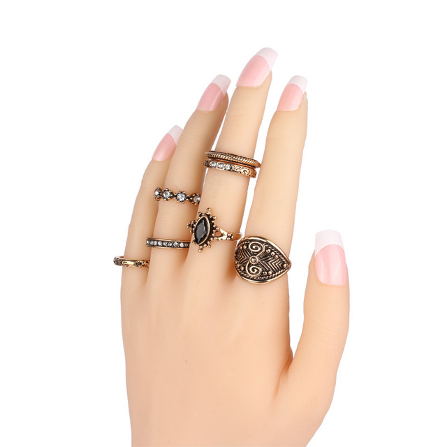 Ladies Vintage Ring Set