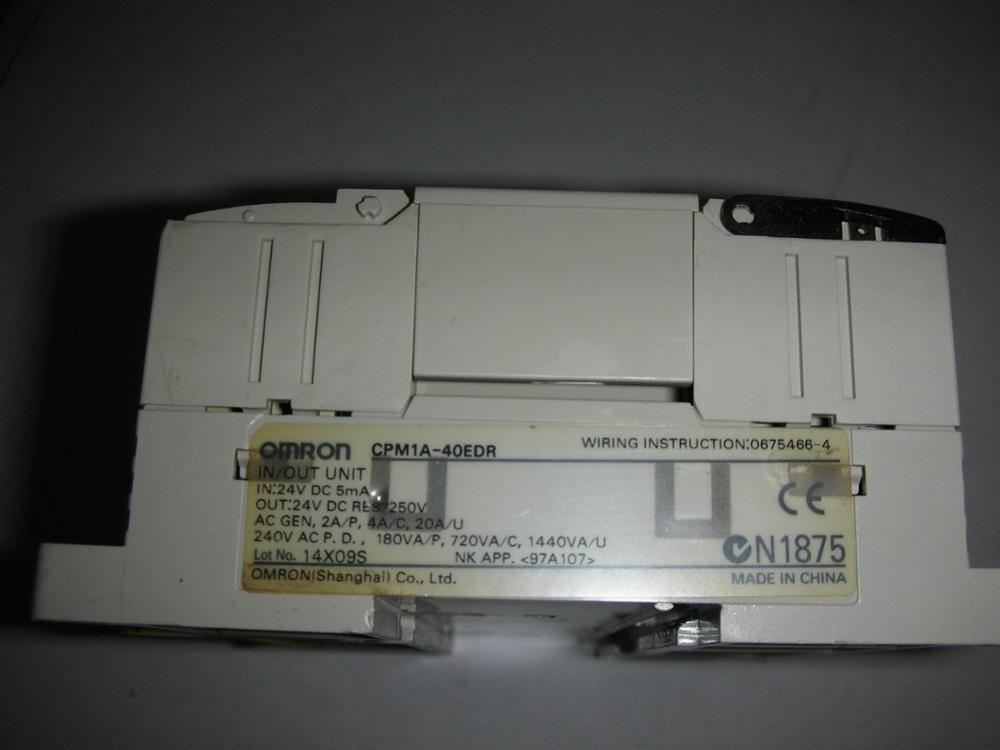 1PC USED OMRON CPM1A-40EDR  1pc used omron s8vs 06024