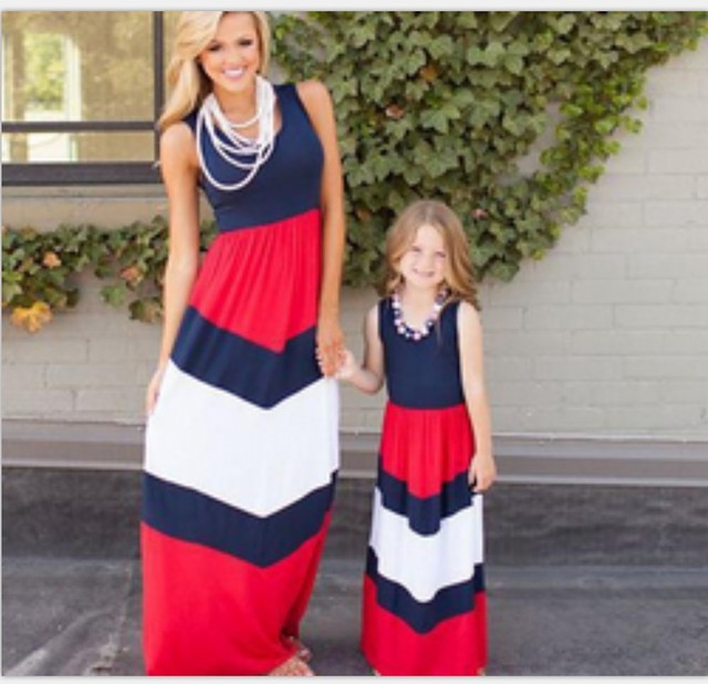 2017 Mommy and Me Family Matching Mother Daughter Dresses Clothes Striped Mom and Daughter Dress Kids Parent Child Outfits Hot