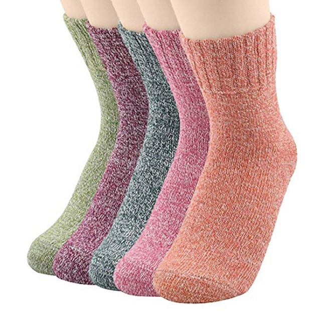 High Quality Fashion Shining Socks Lurex Autumn Winter Thickened Knitted  Thermal Women Brand Long Harajuku Boot Socks Christmas af0fa862811d