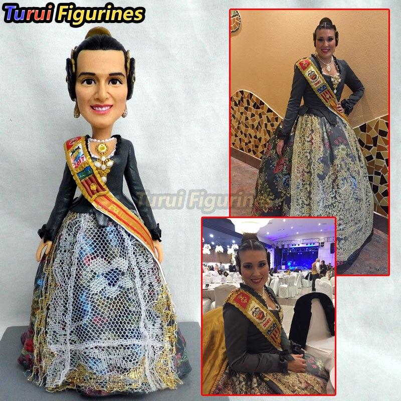 845 fille à collectionner robe de mariée traditionnelle artisanat argile figurine poupée conçue par Turui Figurines décoration de la maison décor