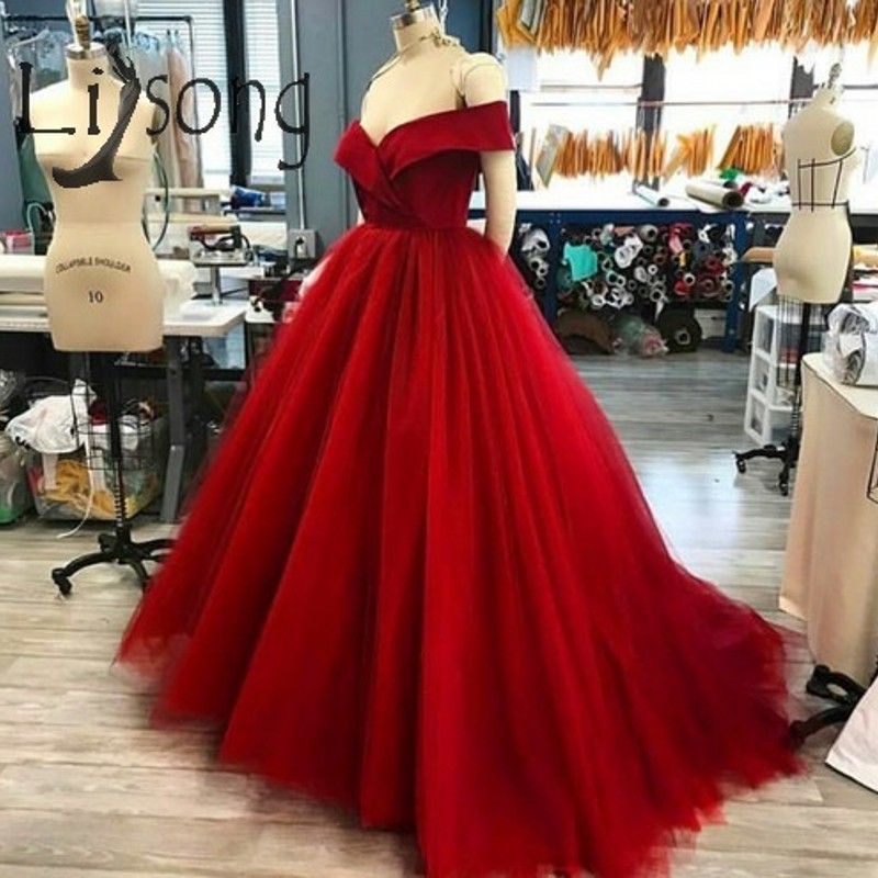 Vintage Red Long Tulle   Prom     Dresses   V-neck Off Shoulder Puffy Ball Gowns V-neck Off Shoulder Abendkleider Robe De Soiree