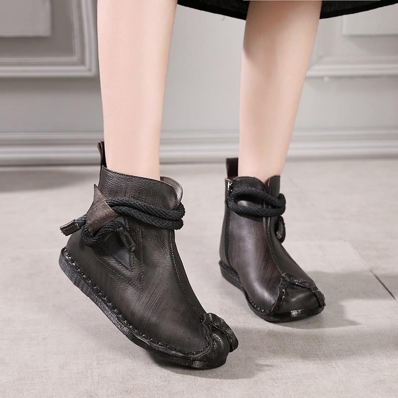 Ayakk.'ten Ayak Bileği Çizmeler'de 2018 VALLU Yeni Orijinal Bağbozumu Ayakkabı Kadınlar yarım çizmeler Hakiki Deri El Dikiş Yan Fermuar Yumuşak Konfor Bayanlar düz çizmeler'da  Grup 1