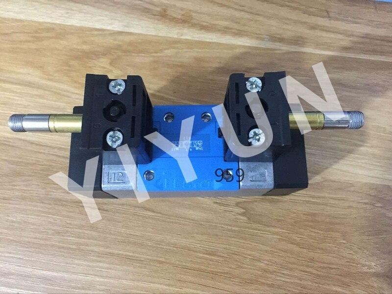 MN1H-5/2-D-3-C 159712 MN1H-5/2-D-3-S-C 159710 MN1H-5/2-D-1-FR-S-C 159716 MN1H-5/3E-D-3-C 159707 FESTO Solenoid valve dhl ems 5 lots fes to myh 5 2 2 3 led myh5223led solenoid valve a1